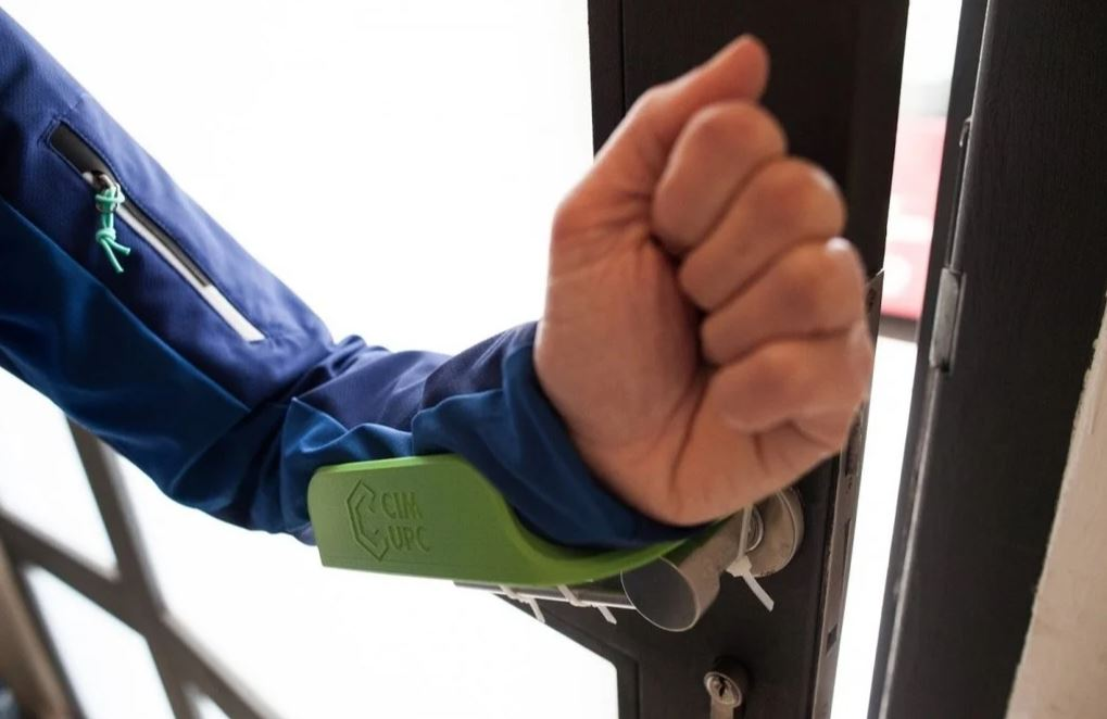 Arm Door Opener